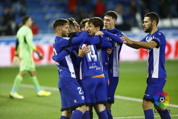Jugadores del Alavés celebran un gol frente al Getafe. / Foto: LaLiga