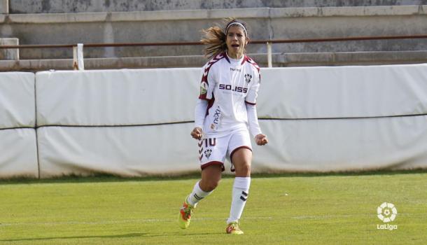 Alba Redondo celebra un gol con el Albacete / Foto: LaLiga