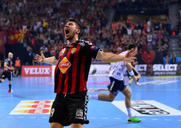 Alex Dujshebaev celebra la victoria ante el Flensburg. Foto: HC Vardar.