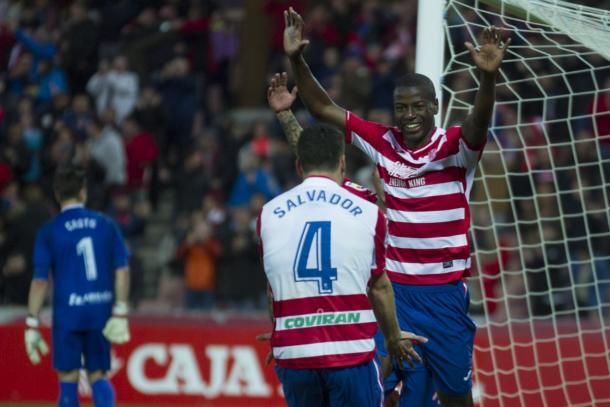 Adrian Ramos celebra su segundo gol al Alcorcón con S.Agra. Foto: Antonio L Juárez