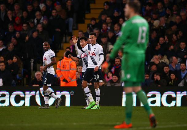 """Hello there, goal of the season award"" says Alli after scoring - Palace (photo; zimbio)"