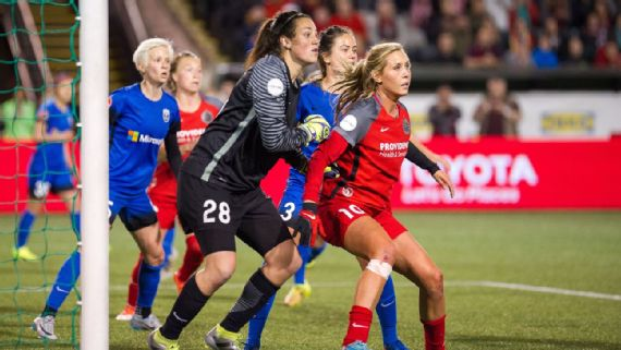 Long as a Thorn, facing off against her new team the Seattle Reign. l Photo: Getty Images