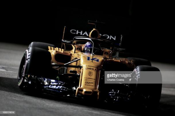 Fernando Alonso en los libres del GP de Singapur | Fuente: Getty Images