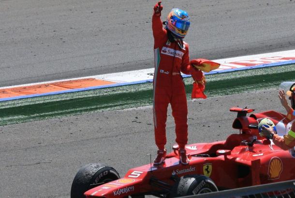 Alonso tras ganar en el GP de Valencia | Foto: Fórmula 1