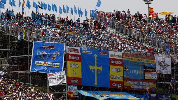 Grada apoyando a Alonso | Foto: Fórmula 1