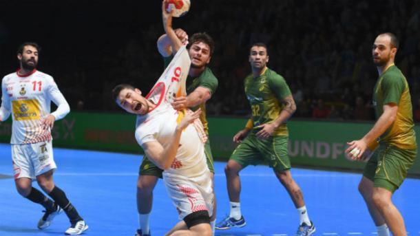 Alex Dujshebaev con la selección española en el pasado Mundial. Foto: AFP.