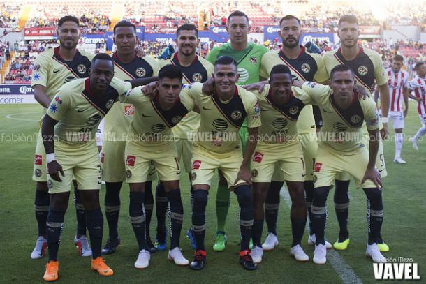 Diego Lainez se estrena como goleador en Liga Bancomer
