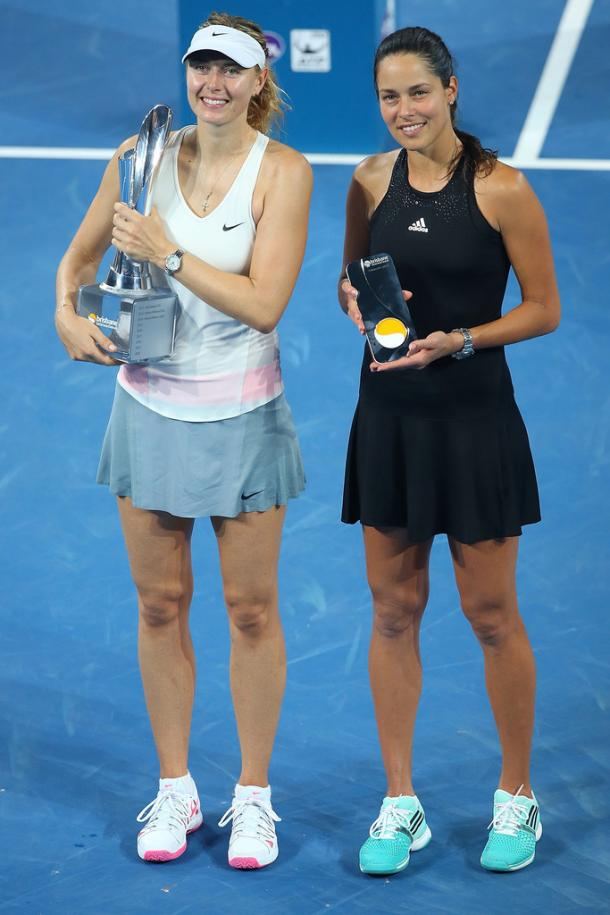 Sharapova e Ivanovic en la final de Brisbane (Foto: zimbio)