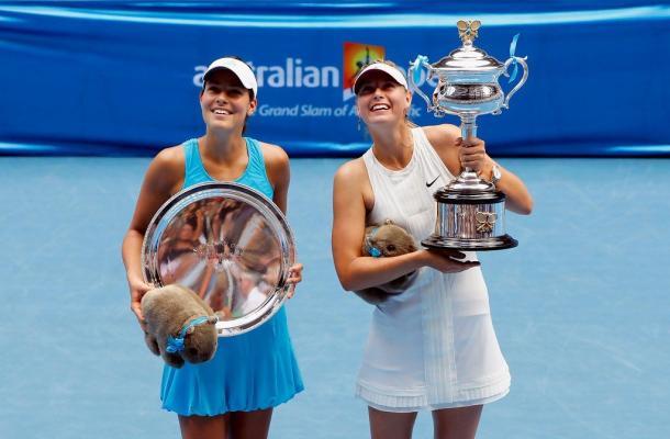 Ivanovic y Sharapova en la ceremonia del Open de Australia 2008 (Foto: pinterest)