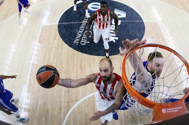 Spanoulis in penetrazione - Foto EuroLeague