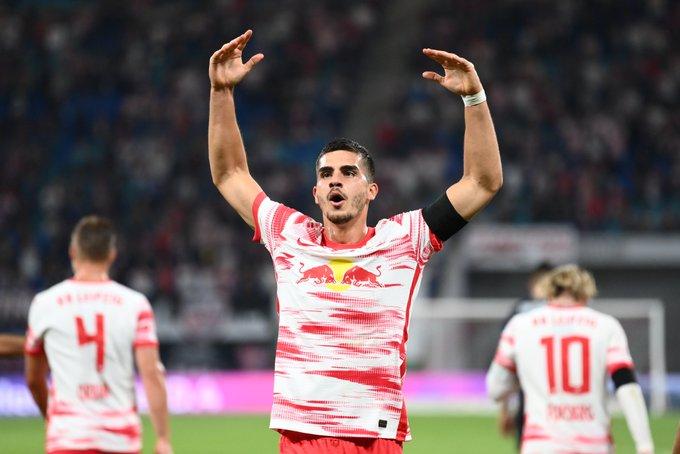 André Silva, primer gol como toro / FOTO: @DieRotenBullen