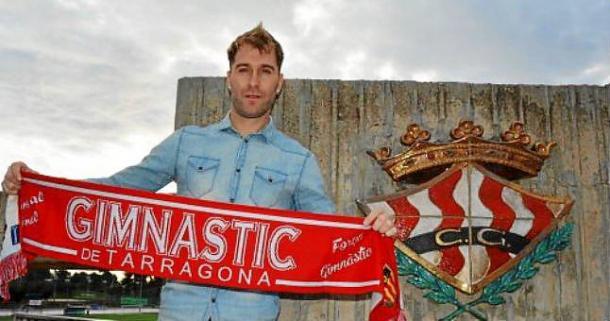 Aníbal ha firmado hoy por el Nàstic  |  Fotografía: Gimnàstic de Tarragona