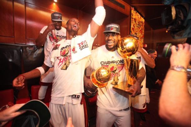 Primer anillo de Lebron y Bosh   @NBALatam