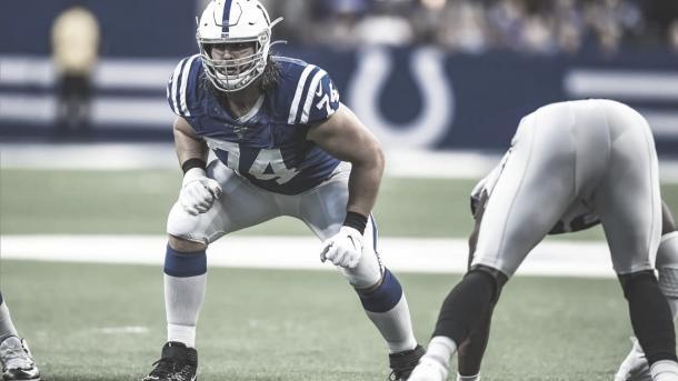 Anthony Castonzo continua su carrera en los Colts (foto Colts.com)