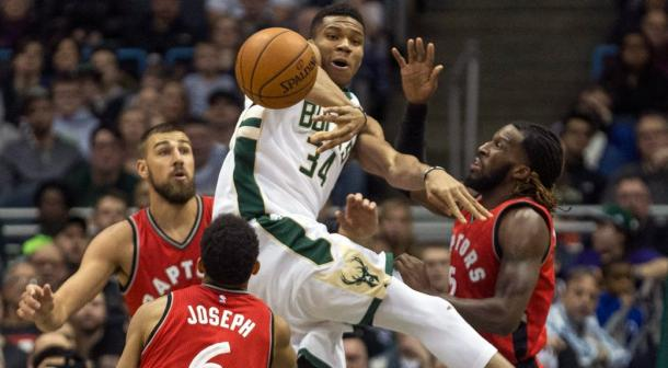 Milwaukee Bucks starlet Giannis Antetokounmpo is one of the most awaited NBA superstars in the post-season l Photo: Tom Lynn - AP