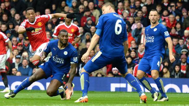 Il tiro, che andrà sotto il sette di Martial, nell'ultimo match tra le due squadre. Fonte foto: SkySports.com