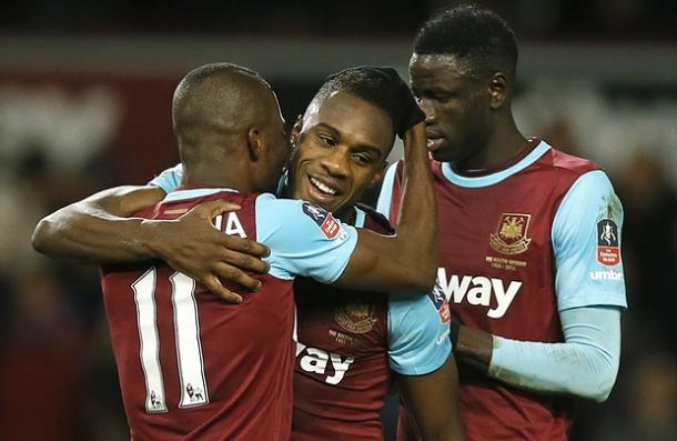 Antonio celebrates his goal (photo: AP)