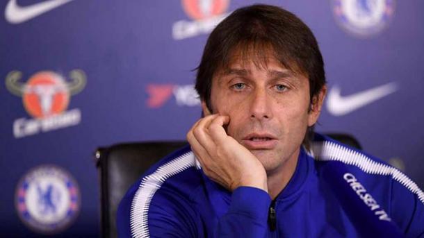 Antonio Conte em entrevista (Foto: Divulgação / Chelsea)