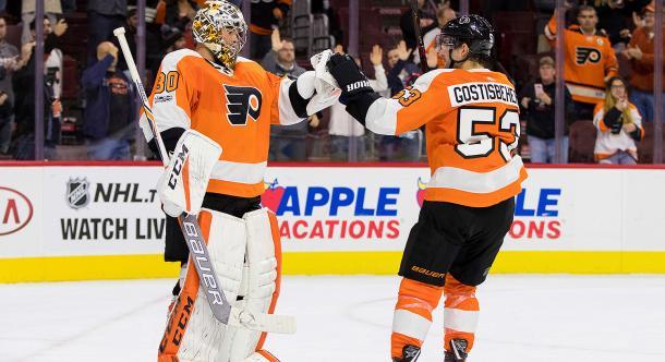 Michal Neuvirth llamado a tomar las riendas de los Flyers   Foto: nbcsports.com