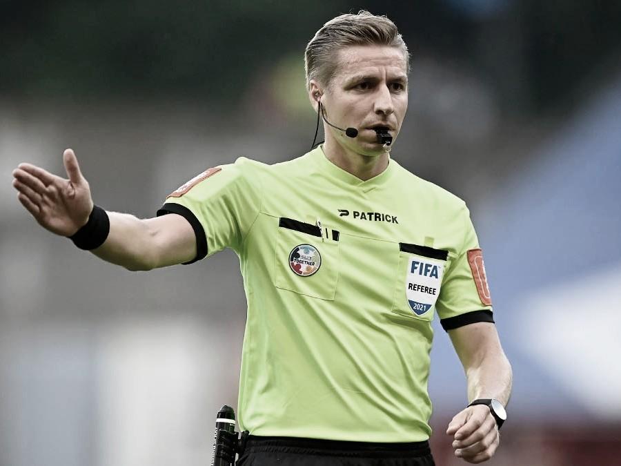 El belga Lawrence Visser será el encargado de impartir justicia | Foto: UEFA