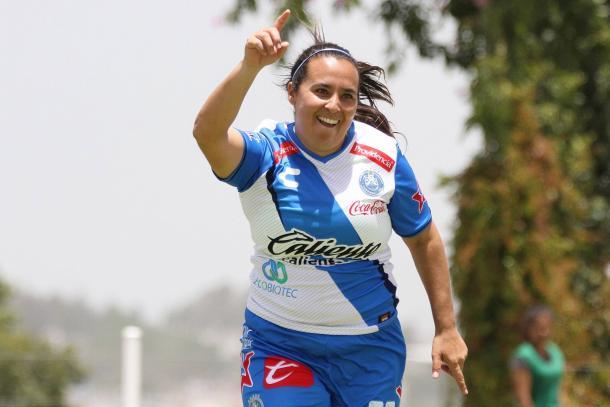 Arciniega festejó tras anotar desde los once pasos | Foto: Club Puebla