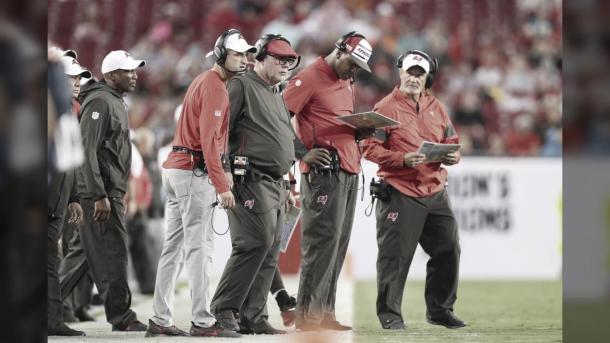 Bruce Arians, entrenador en jefe de Tampa Bay Buccaneers (foto buccaneers.com)