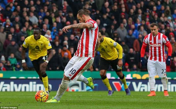 Arnautovic tucks away the penalty (photo: Getty Images)