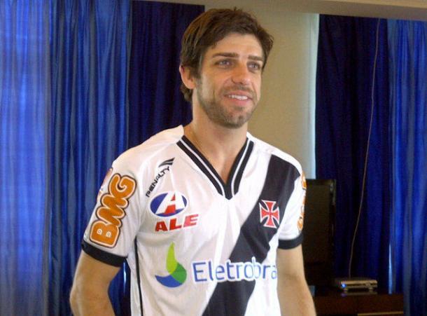 Apresentação oficial de Juninho em seu retorno ao Vasco (Foto: Reprodução / Vasco)