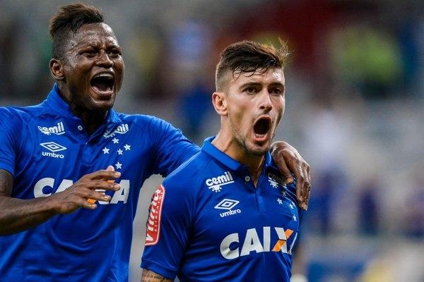 Já o Cruzeiro empatou com Arrascaeta no segundo tempo. (@Mineirao)