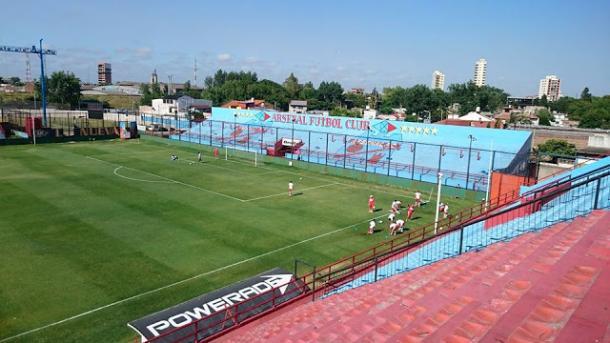 Con goles de Denis, Lanús superó a Arsenal y busca la Sudamericana