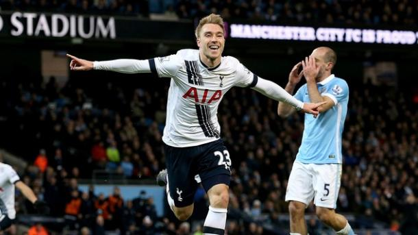 Eriksen celebrates his winner against Manchester City at the Etihad Stadium | Photo: Getty