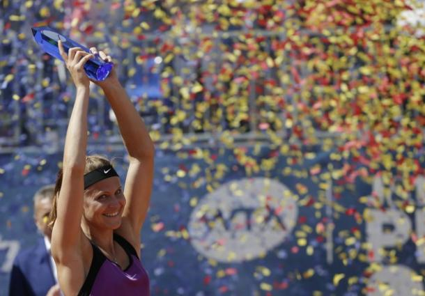 Safarova lifts her first title on home soil. Photo credit: Associated Press (AP).