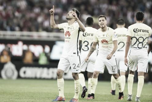 Oribe celebrando su gol en contra de Guadalajara. | Foto: Razón