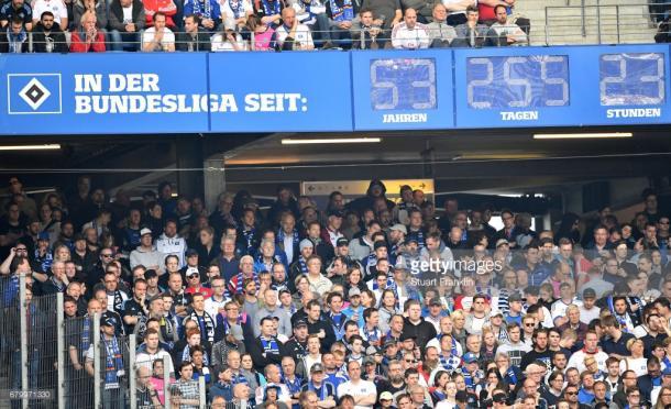 El reloj que marca el tiempo de estancia del Hamburgo en Bundesliga   Foto: getty images