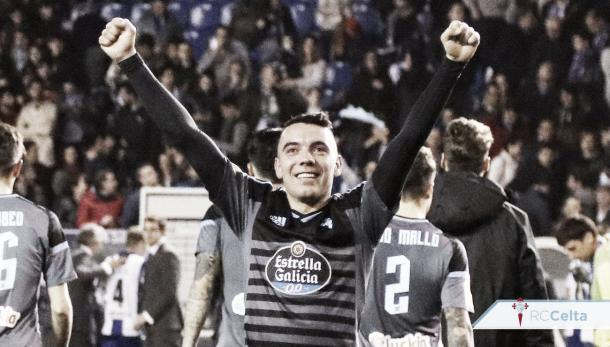 Iago Aspas celebrando un gol. Fuente: Twitter: @RCCelta