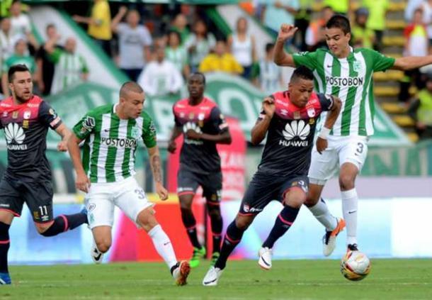 En su última visita a Medellín, Santa Fe goleó a Nacional 4-0 y se instaló en la final de la Liga 2016-II. | Foto: Colprensa