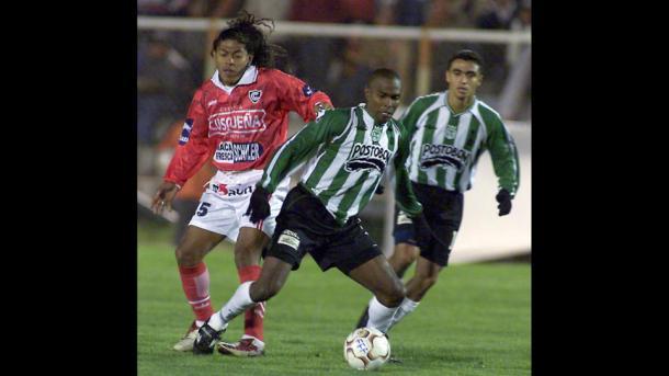 Cienciano en 2003 venció a Nacional en Semifinales y fue campeón.   Foto: EFE