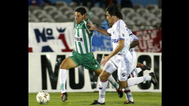 Atlético Nacional enfrentó a Nacional de Uruguay en la semifinal de la Copa Sudamericana 2002.   Foto: El País