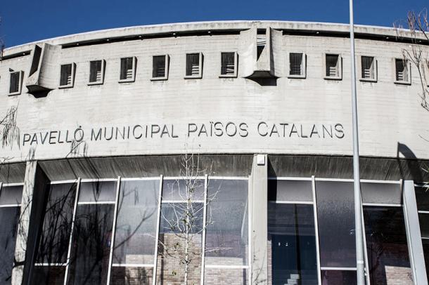 La crisis económica del club, obligó a vender el pabellón   Foto: badalondia