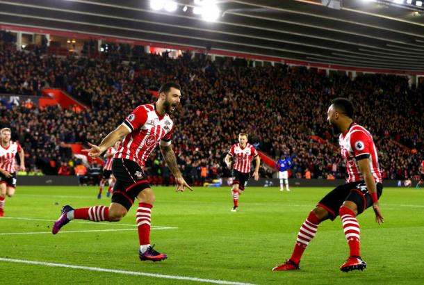 Charlie Austin celebra su gol ante el Everton | Fotografía: Southampton