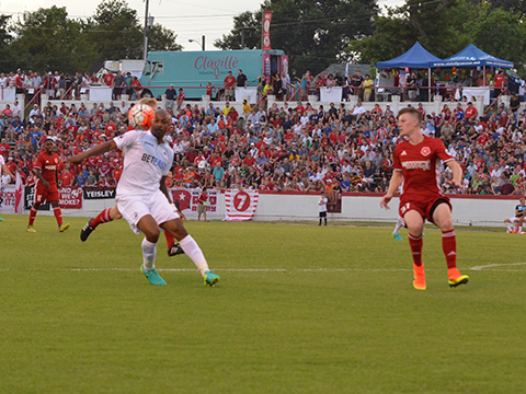 Andre Ayew battles for the ball as Swansea lose 2-0 to Richmond Kickers. (Photo: Swansea City AFC)