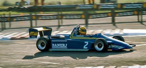 F3 de Senna (Fuente: https://retroracing.es/formula-3-senna/)