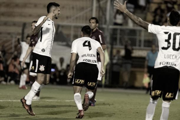 Balbuena marcou o primeiro do Corinthians contra a Ferroviária