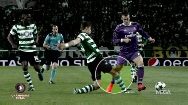 Momento da contusão de Bale (Foto: Reprodução/Twitter)