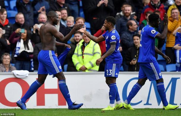 El festejo de un Bamba que pudo ser villano, pero terminó salvando el día al otorgarle el triunfo a los Bluebirds. (Foto: Reuters)