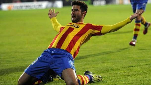 Barragán celebrando un gol con la camiseta ché. Foto: LaLiga