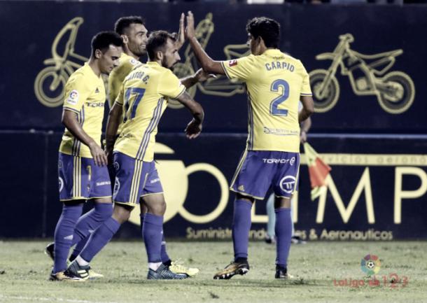 Barral celebra un gol con sus compañeros | Foto: La Liga