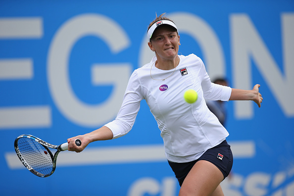 Begu was impressive on serve during the first set. Photo: Steve Bardens/Getty Images