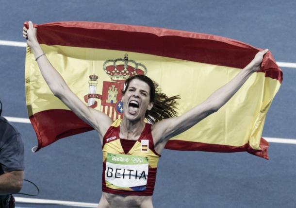 Ruth Beitia celebra su oro en salto de altura   Fuente: COE.