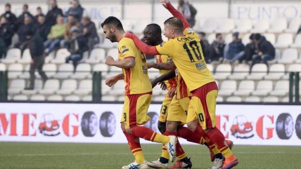 Equilibrio, bel gioco e tanti talenti: il Benevento di Baroni deve credere alla Serie A